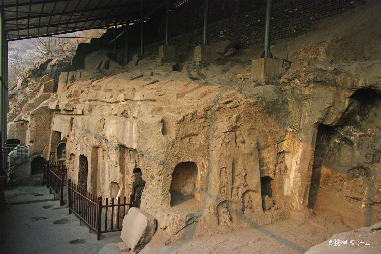 響堂山石窟1