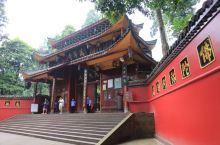 万年寺, 四川峨嵋山历史最悠久的古刹。