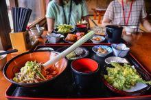 用大葱当筷子的荞麦面馆