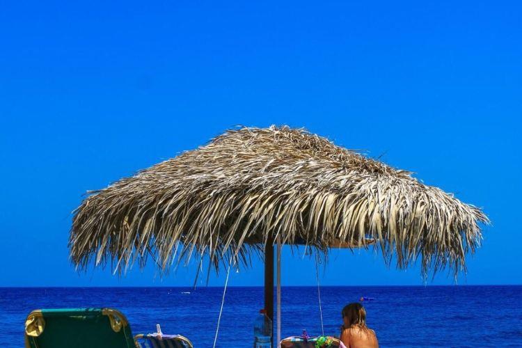 Kamari Beach2
