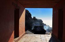#元旦去哪玩# 登五岳独尊—泰山,领略一揽众山小