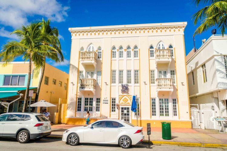 Art Deco Historic District4