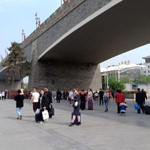 西安火车站广场旅游景点攻略图