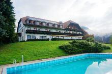 #睡遍全球#之奥地利: Schöne Aussicht(斯科恩奥西赫特旅店),位于萨尔茨堡山上,山路