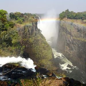 维多利亚瀑布游记图文-南部非洲维多利亚大瀑布区域的渡假村和亚博体育app官网介绍