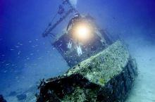 马来西亚仙本那沉船潜水