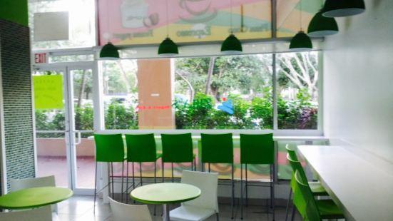 Zuly's Yogurt & Cafe
