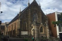 开在市中心的大教堂