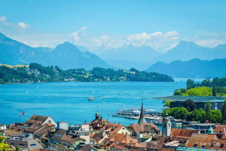 Lake Lucerne2