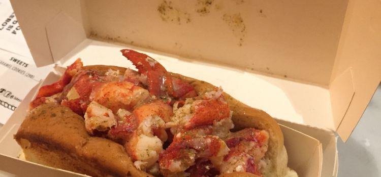 Luke's Lobster- The Plaza1