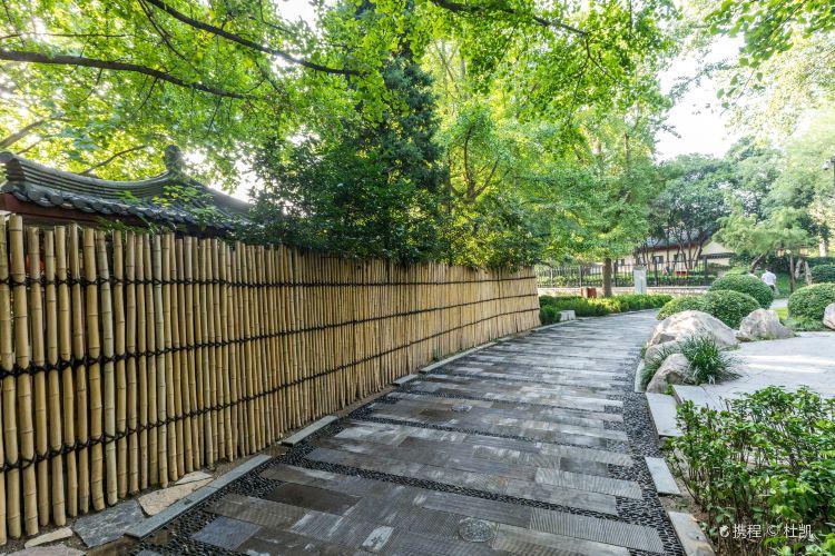 Tangda Ci'ensi Relic Site Park (South Gate)4