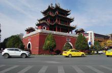宁夏中卫钟楼、高庙保安寺和步行街周边美食酒店商场随拍。