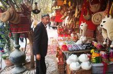 游走在喀什的大街小巷中…