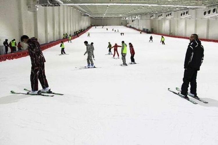天鵝堡室內滑雪場4
