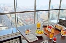 CBD柏悦酒店+至高点餐厅,明星常顾地,全家出行仅¥1808