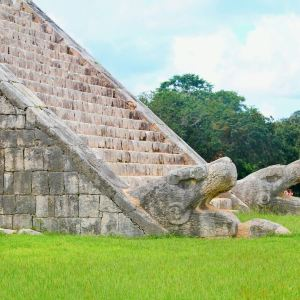 羽蛇神金字塔旅游景点攻略图