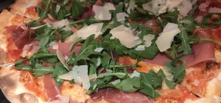 Pizzeria Caruso1