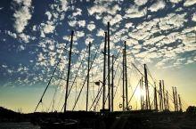 博德鲁姆—地中海和爱琴海交汇处的蓝白小城