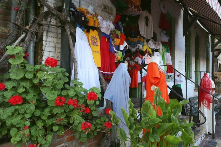 Olvera Street4