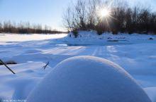 塔河的冬天阳光明媚