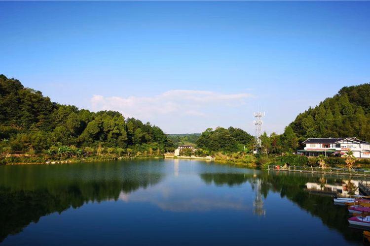 Jiulong Sceneic Area2