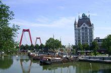 充满历史年代感的港口——老港口  荷兰鹿特丹的老港口是14世纪鹿特丹历史上最悠久的港口。  老港口的