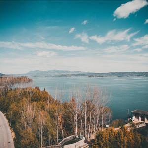 泸沽湖游记图文-不再执着于打卡照的云南之旅,收获了初遇这片美景的惊喜与感动