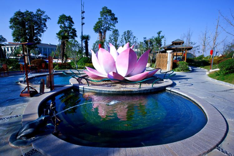 Overseas Chinese Town Yunhai Hot Springs