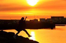 冰岛:雷克雅未克子夜的夕阳