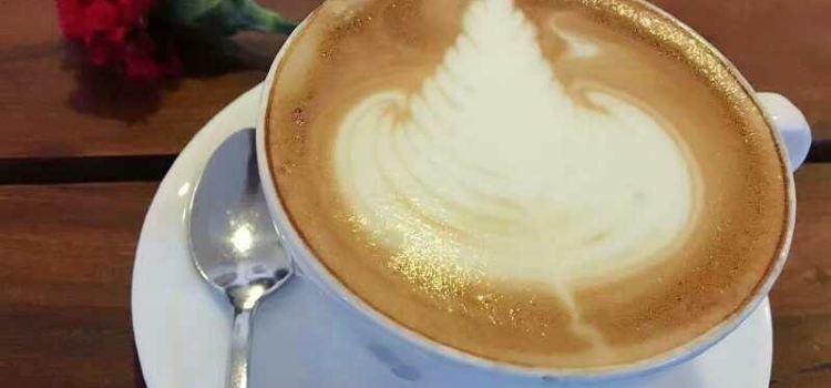 Dhokaima Cafe2