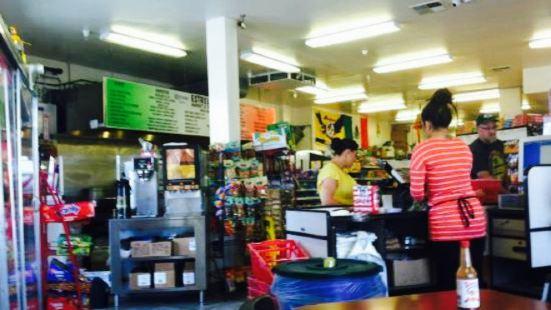 Estrella's Market