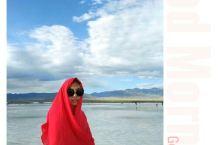最美青海,天苍苍野茫茫,风吹草低见牛羊 茶卡盐湖配上红色的披肩或者裙子真的很美! 卓尔山的油菜花开得