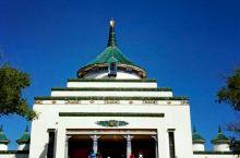 罕山山顶观成吉思汗庙