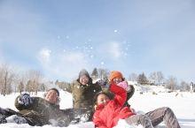 在雪地里撒点野