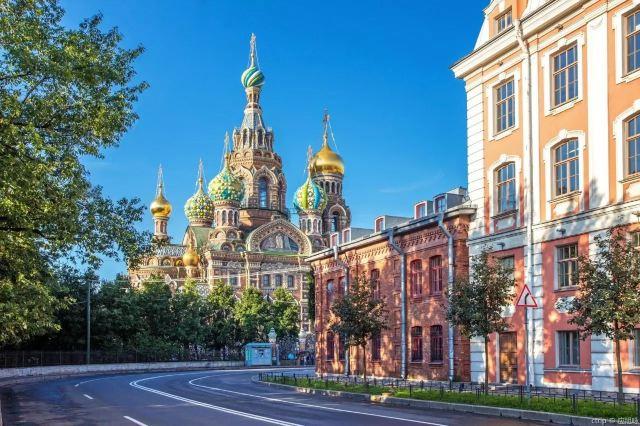 聖彼得堡屬於俄羅斯,卻不屬於俄羅斯人