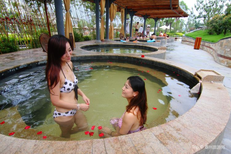 Overseas Chinese Town Yunhai Hot Springs3