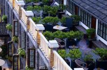 它是杭州最民国风的酒店,比安缦更低调有韵味,不住这儿就白来西湖了!