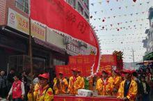 横县平朗社区龙抬头的龙狮巡游