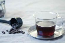 听说咖啡致癌?吓得我赶紧喝杯咖啡压压惊