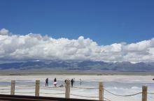 """茶卡盐湖 茶卡盐湖与塔尔寺、青海湖、孟达天池齐名,是""""青海四大景""""之一,被旅行者们称为中国""""天空之镜"""