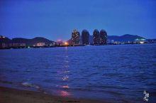 日落时分的三亚湾,彩霞满天不可错过