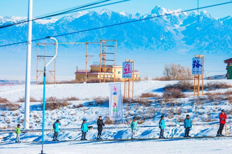糸紬之路国際滑雪場4