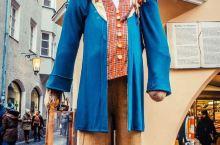 因斯布鲁克的集市,吃喝玩乐,自带嗨皮的BGM