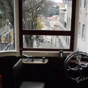 格洛丽亚升降机旅游景点攻略图