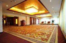 值得一去的酒店——恩施朗宁酒店(原富源国宾酒店)  位置安静 周围绿树环绕空气很好   【酒店信息】