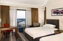 值得一去的酒店——伯明翰凯悦酒店(Hyatt Regency Birmingham)  宽敞的中庭大