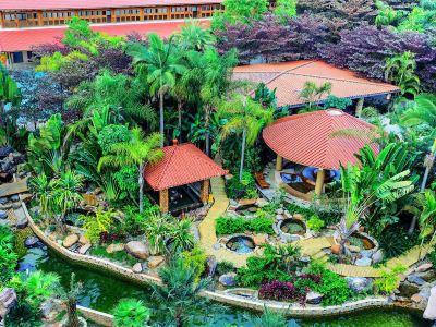 Zhangzhou Yunding Hot Spring SPA Theme Park