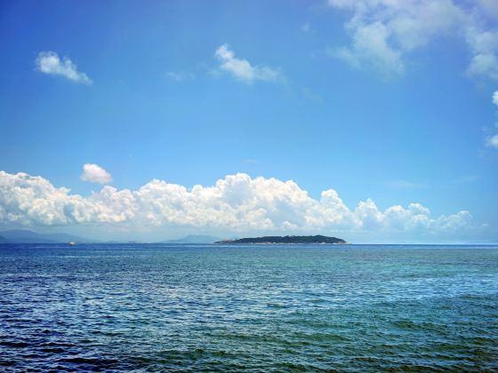 Queen Bay