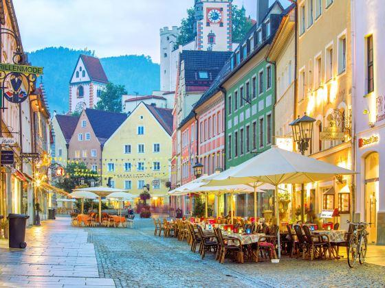 Reichenstraβe大街和城市噴泉