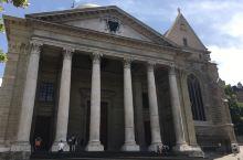 日内瓦独自散步第四站 圣彼得大教堂